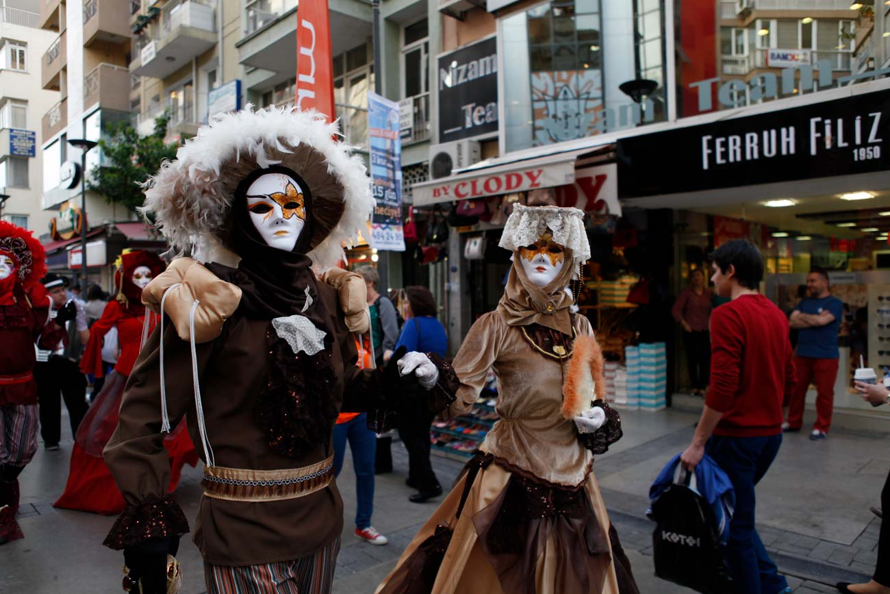 Venedik Mask Korteji