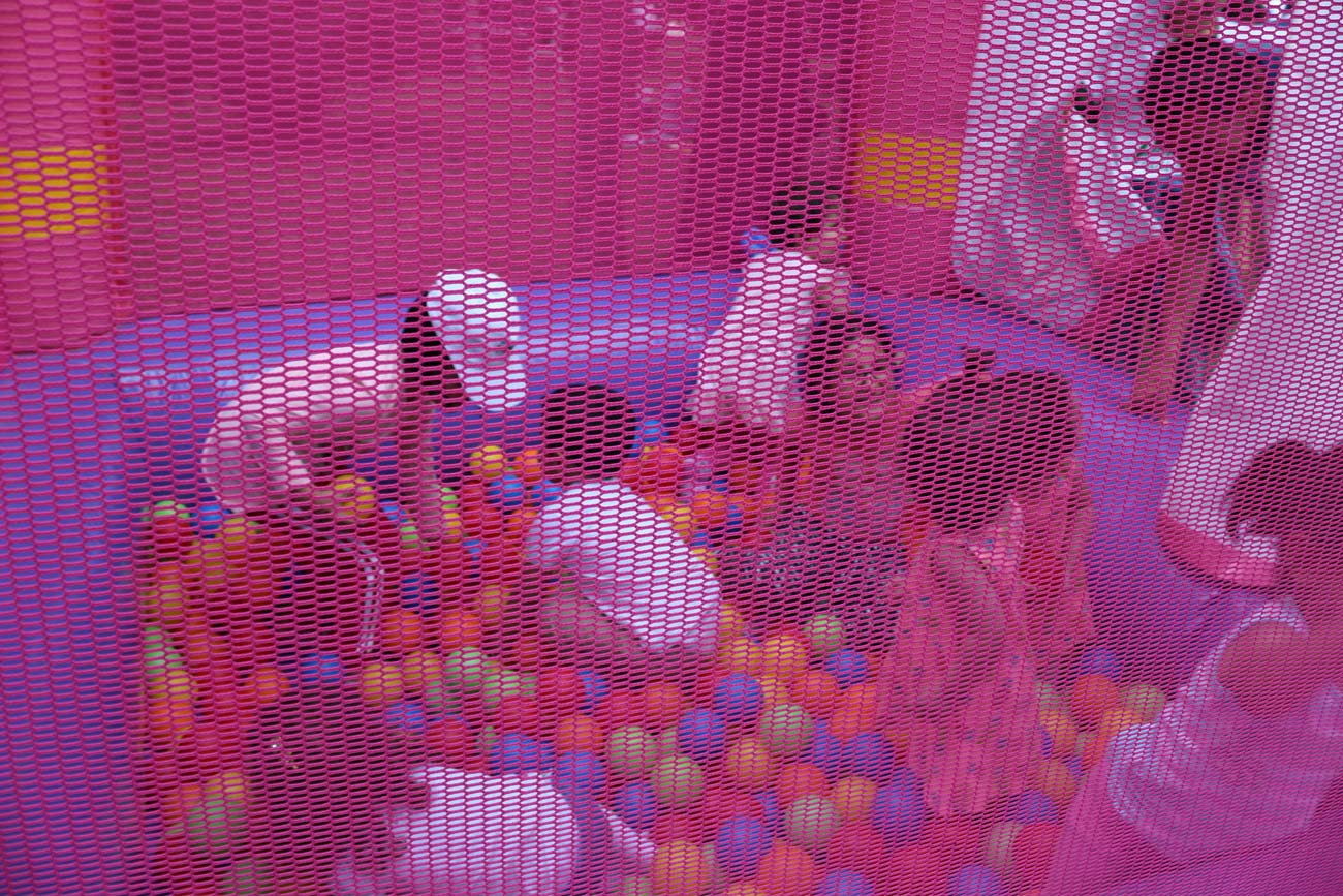 Top Havuzu Şişme Oyun Parkuru